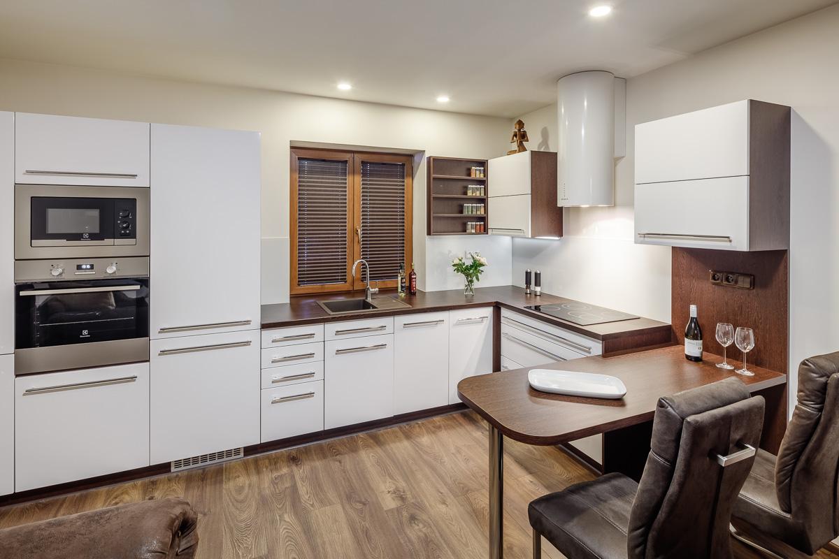 e65559749e1a Podívejte se na naše realizované kuchyně na míru